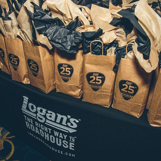 Logan's Roadhouse   –   25th Anniversary Summit
